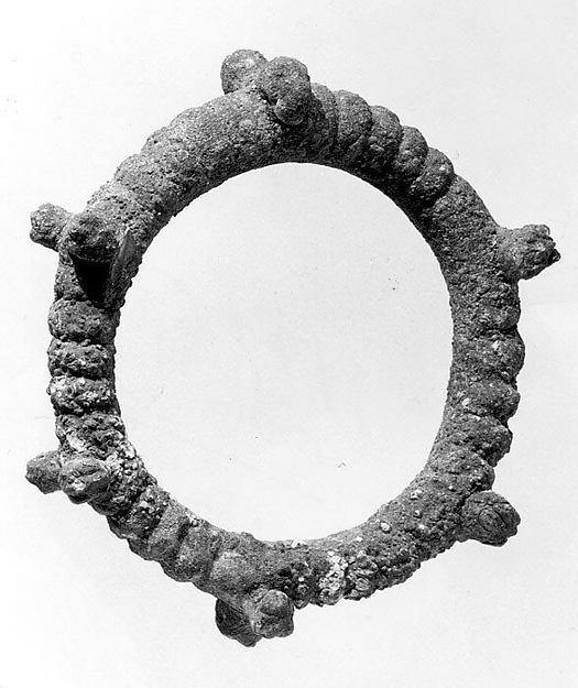Bracelet with lion's-head terminals, Bronze