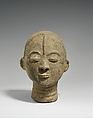 Memorial Head (Nsodie), Terracotta, roots, quartz fragments, Akan peoples