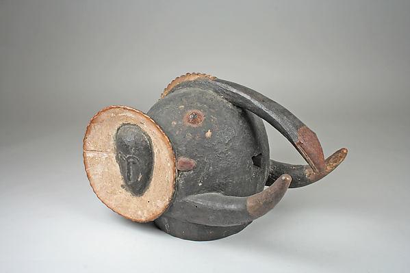 Helmet Mask (Bo Nun Amuin), Wood, pigment, Baule peoples