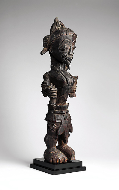 Figure of a leopard chief, Wood, Luluwa peoples