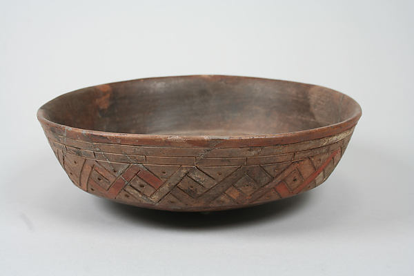 Incised bowl with geometric pattern, Ceramic, pigment, Paracas