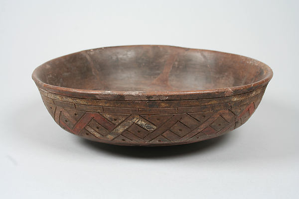 Incised bowl with geometric pattern, Ceramic, slip, pigment, Paracas