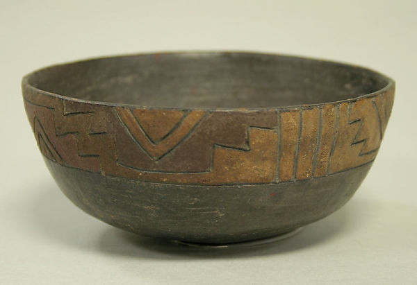 Painted Bowl with Incised Geometric Patterns, Ceramic, pigment, Paracas