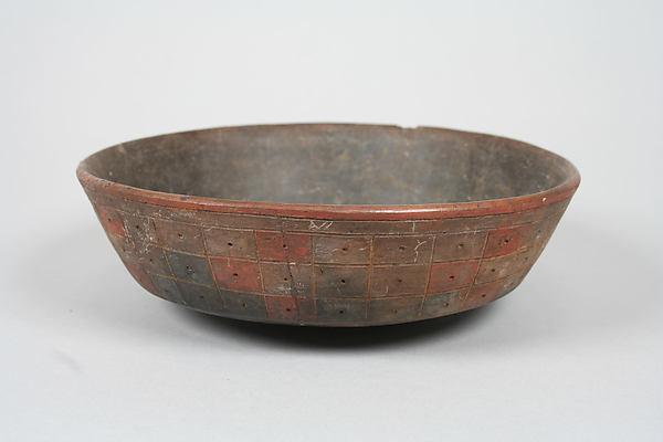 Incised Painted Bowl, Ceramic, slip, pigment, Paracas