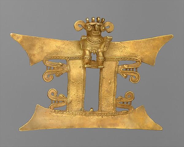 Bat-Nosed Figure Pendant, Gold, Diquís