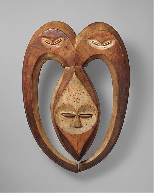 Beete Mask: Ram (Bata), Wood, pigment, kaolin, Kwele peoples