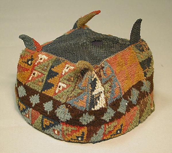 Four-Cornered Hat, Camelid hair, Wari