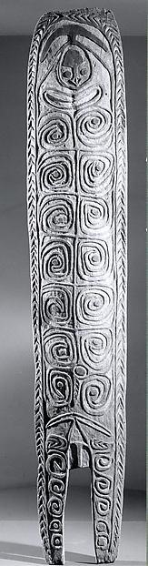 Spirit board (Gope), Wood, paint, Turamarubi people