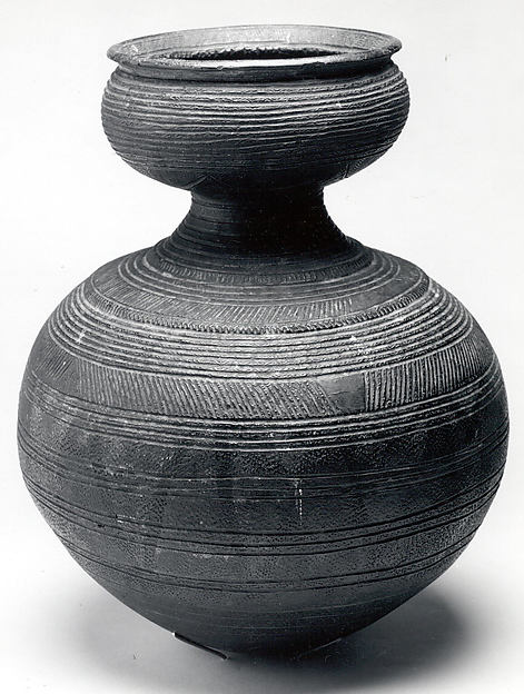 Vessel, Terracotta, pigment, Nupe peoples