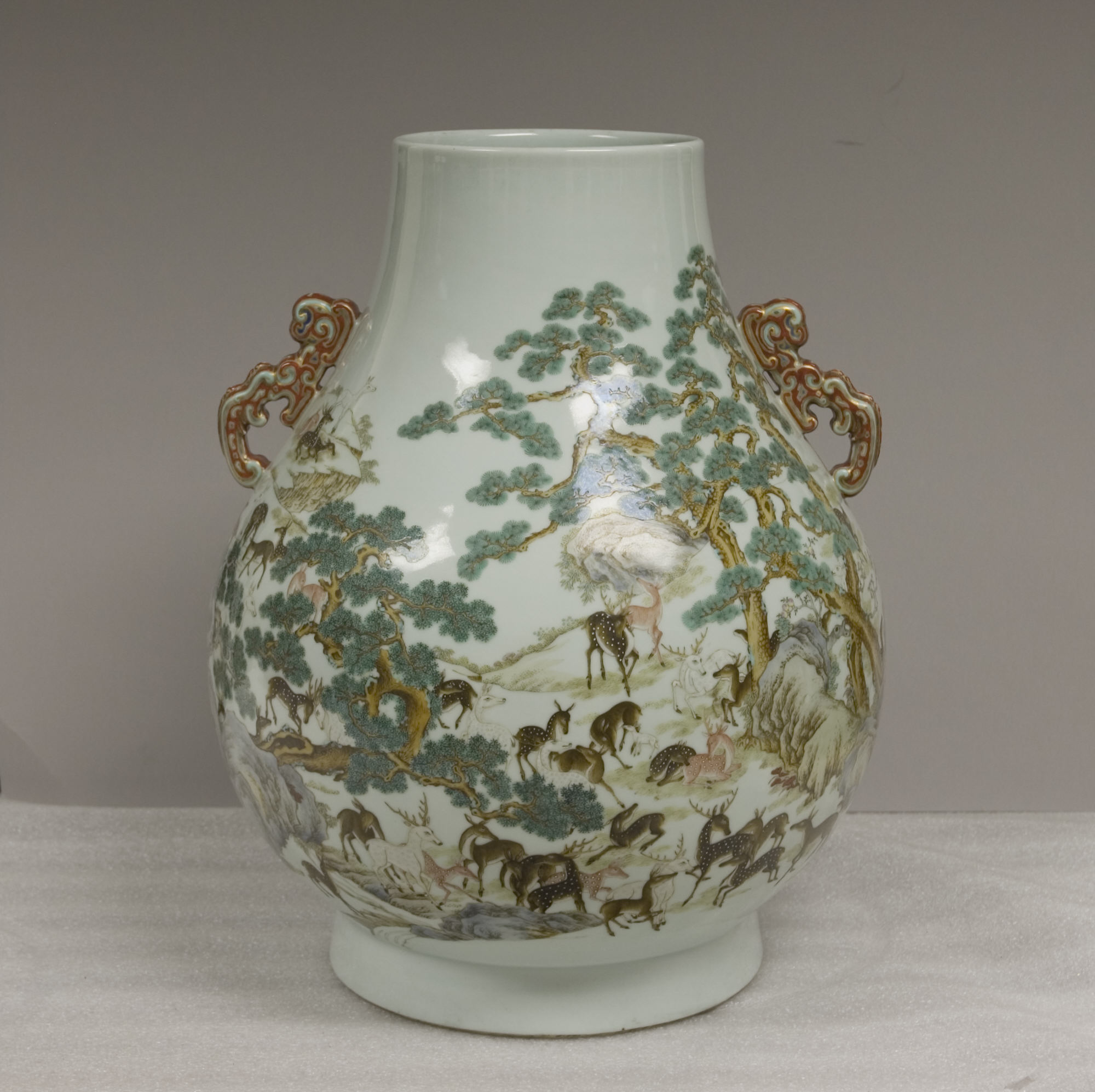Vase with poems composed by the qianlong emperor china qing vase with one hundred deer motif reviewsmspy