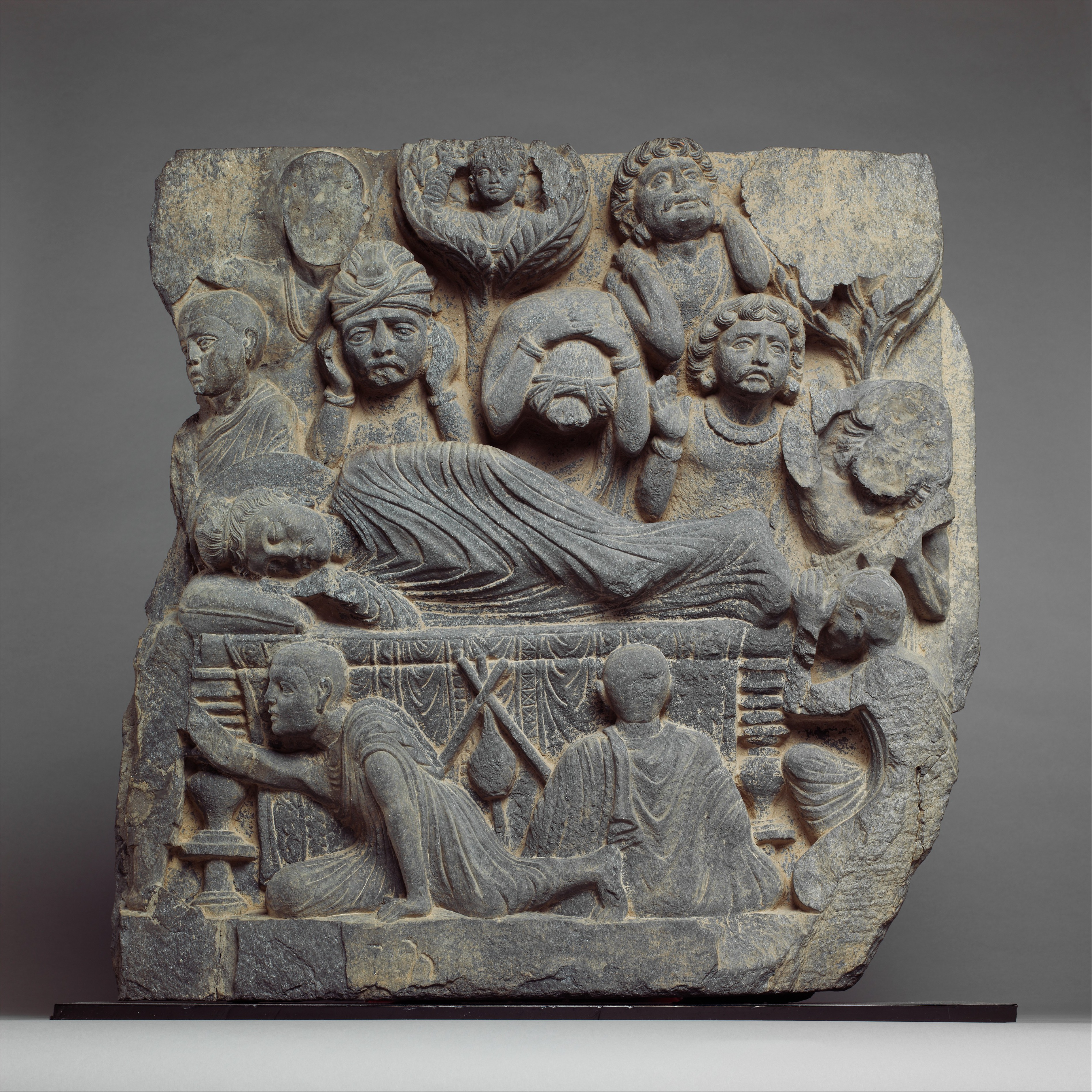 The Death Of The Buddha Parinirvana Pakistan Ancient Region Of Gandhara Kushan Period The Met