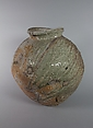 Jar, Tsujimura Shirō (Japanese, born 1947), Stoneware with natural ash glaze, Japan