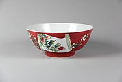 Bowl, Porcelain painted in overglaze famille rose enamels, China