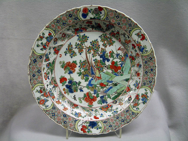 Dish, Porcelain painted in overglaze famille verte enamels (Export ware), China