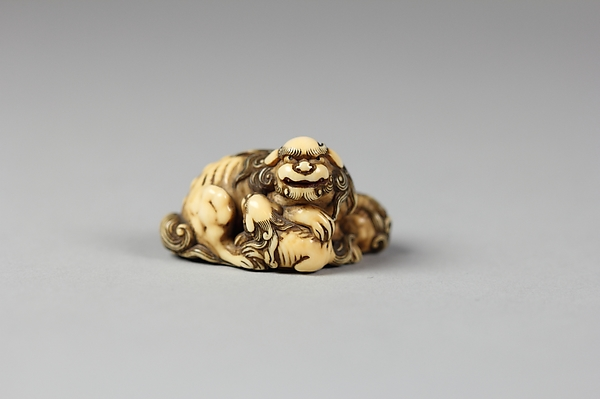 Netuske of Qilin and Two Cubs, Ivory, Japan