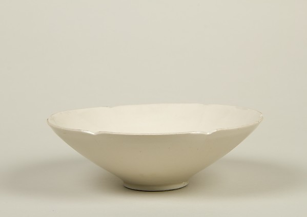 Bowl, Porcelain with ivory glaze (Ding ware type), China