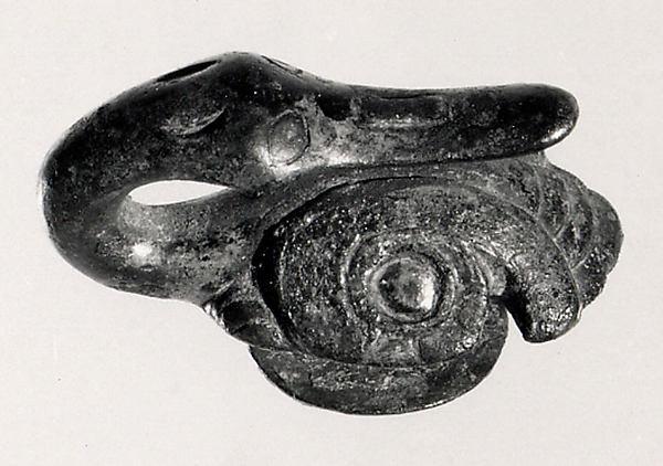 Belt Hook, Gilt bronze, China