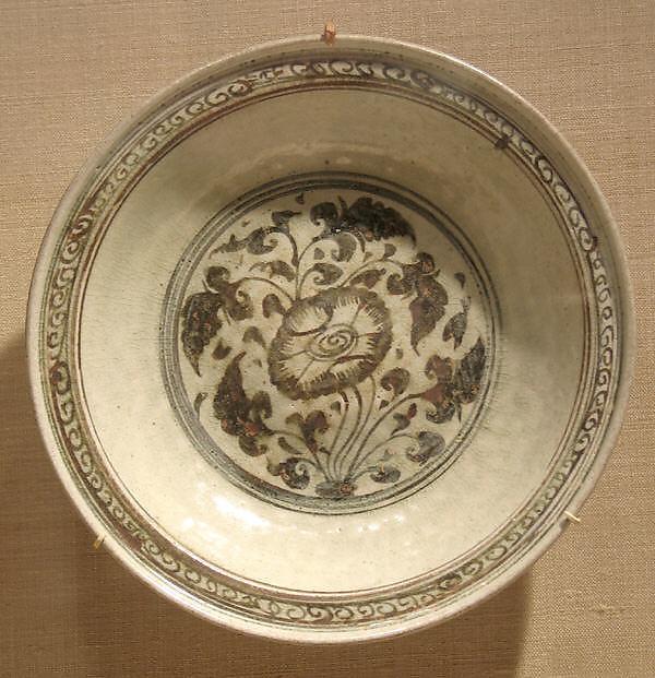 Dish with Peony Design, Earthenware with cream white glaze and iron-brown underglaze decoration, Thailand (Si Satchanalai)