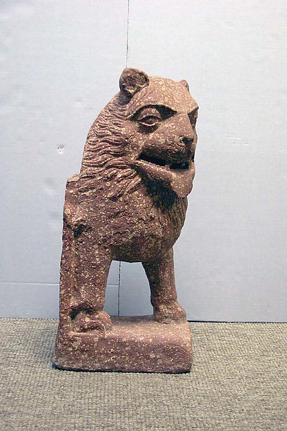 Standing Lion, Red sandstone, India (uttar Pradesh, Mathura)