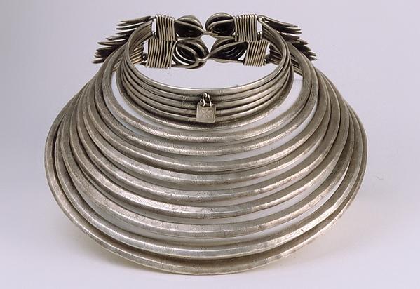 Necklace, silver, Chinese minority (Miao-Wuya)
