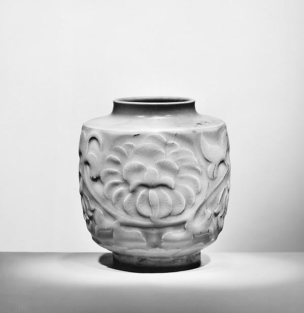 Jar, Porcelaneous stoneware with carved designs under celadon glaze (Northern celadon ware), China