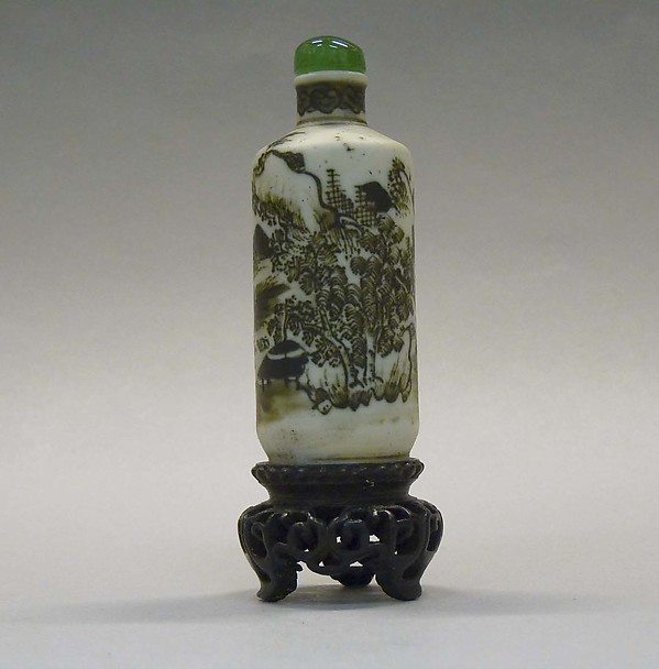 Snuff Bottle, Biscuit porcelain decorated with brown black enamels, green glass stopper, China
