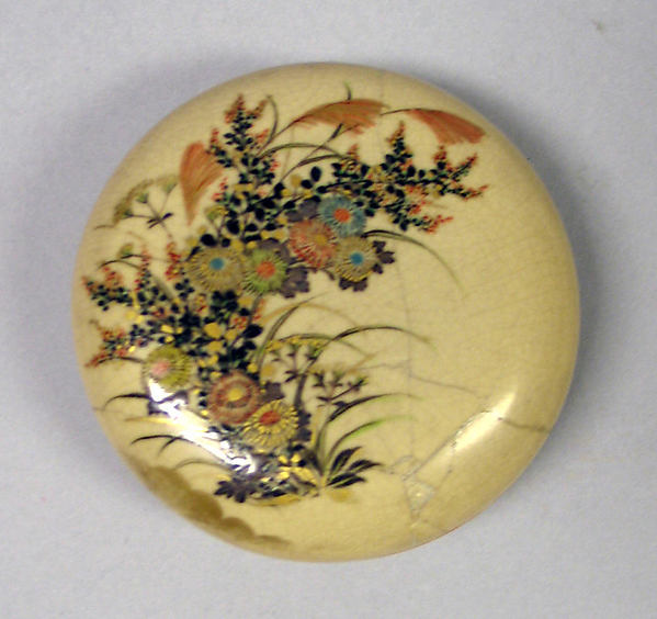 Incense Box with Design of the Seven Flowers of Autumn, Attributed to Nonomura Ninsei (Japanese, active ca. 1646–94), Glazed stoneware, colored enamels and gold, Japan
