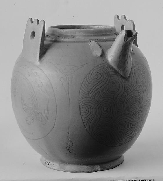 Ewer, Stoneware with incised decoration under celadon glaze (Yue ware), China