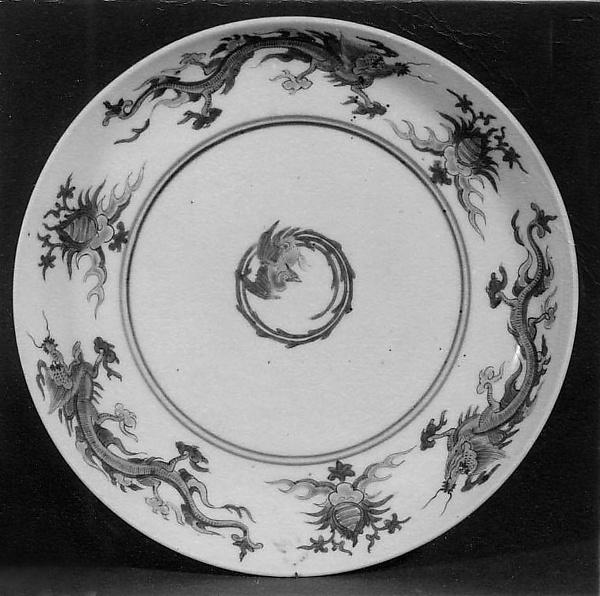 Plate, Porcelain painted in overglaze polychrome enamels (Arita ware, Kakiemon type), Japan