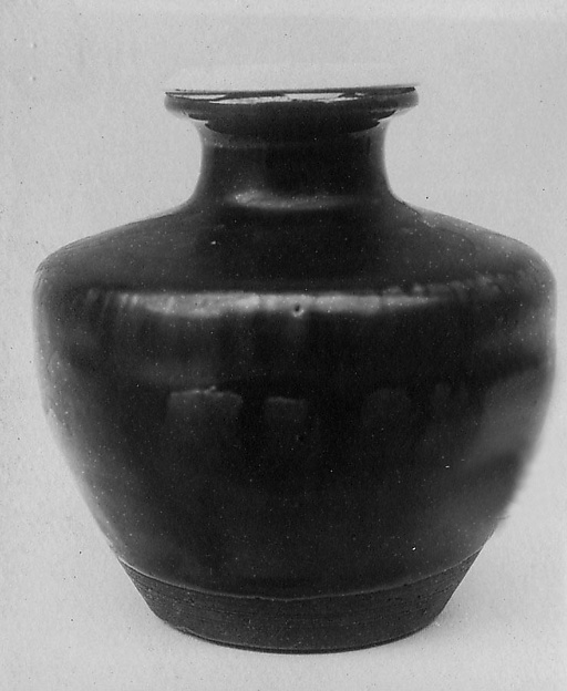 Tea Jar, Tôshiro, Clay covered with a mottled glaze (Seto ware), Japan