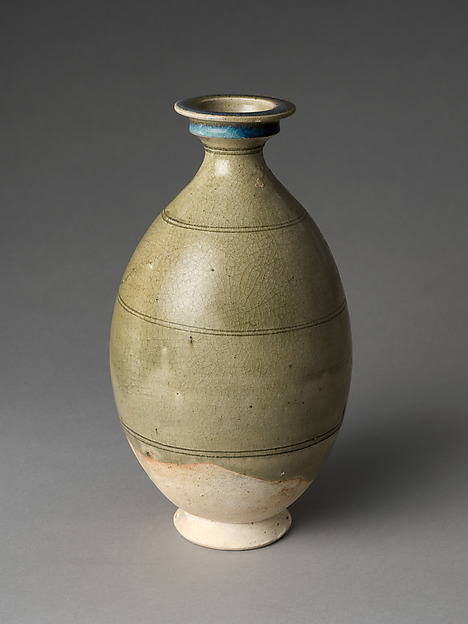 Bottle, Stoneware with incised decoration under celadon glaze, China