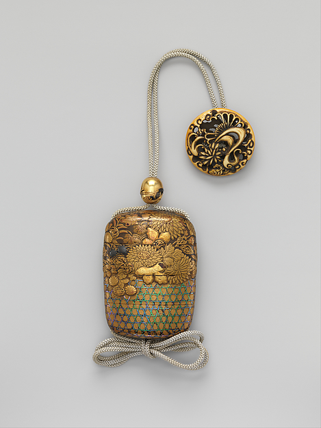 Case (Inrō) with Chrysanthemum Decoration, Gold and silver maki-e with inlay of mother-of-pearl on lacquered ground, Japan
