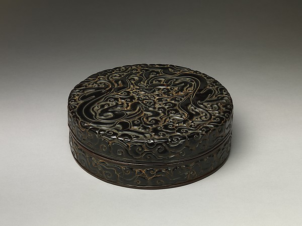 Box with chi dragons amid clouds, Carved black, red, and yellow lacquer, China