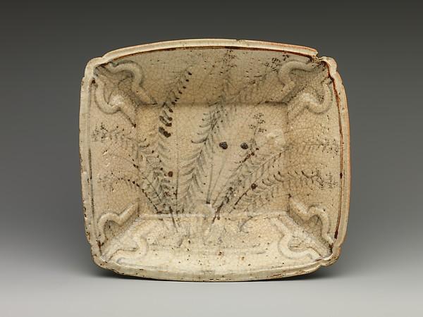 Molded Dish with Autumn Grasses, Stoneware with underglaze iron decoration (Mino ware, Shino style), Japan