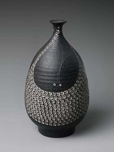 Vase, Kondō Yutaka (Japanese, 1932–1983), Stoneware with stamped design and black glaze, Japan