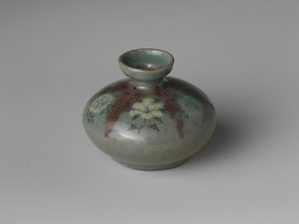 Oil bottle decorated with peonies and chrysanthemums, Stoneware with copper-red and inlaid design under celadon glaze, Korea