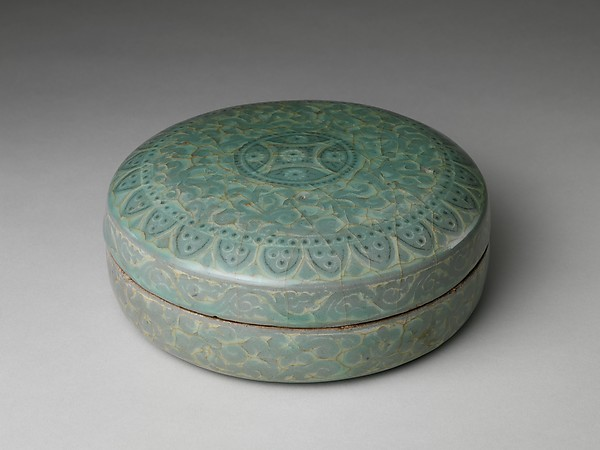 Covered Box, Stoneware with inlaid and reverse-inlaid decoration of chrysanthemums and floral scrolls under celadon glaze, Korea
