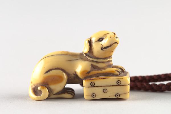 Netsuke in the Shape of a Dog, Ivory, Japan