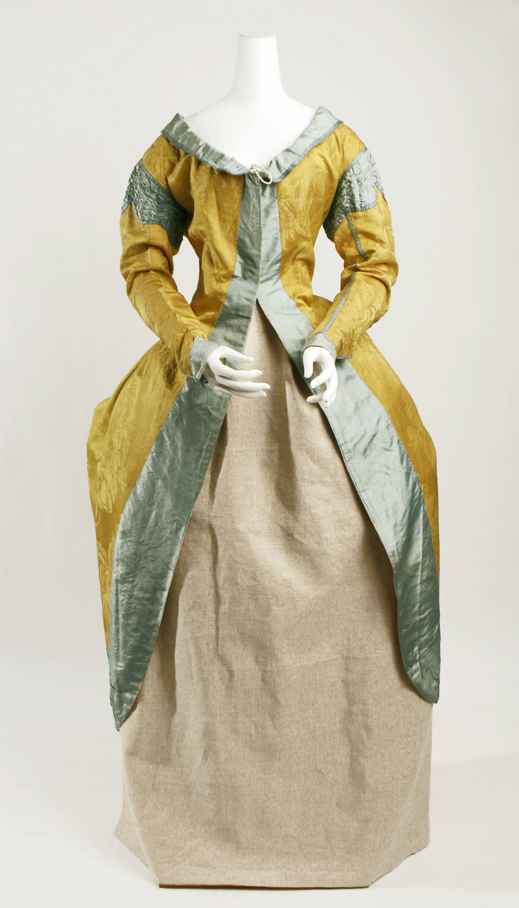 Robe à la Polonaise | probably Italian | The Met