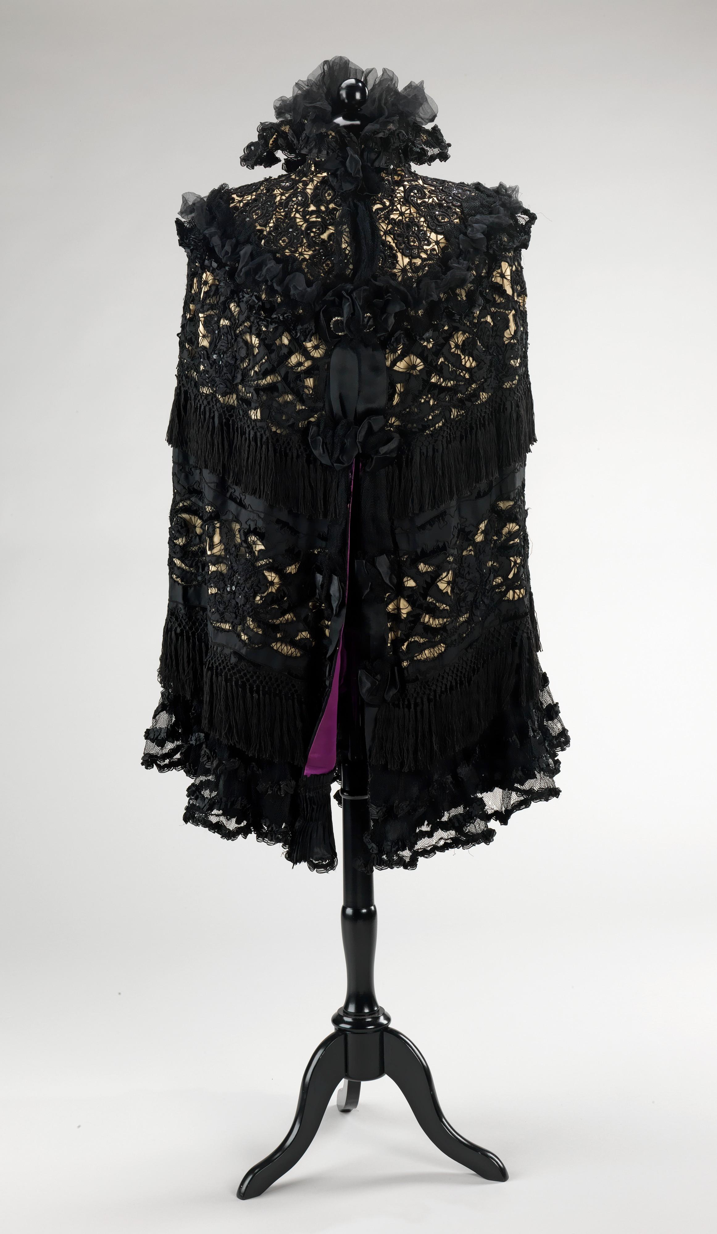 Mourning cape, Abraham & Straus, silk, American
