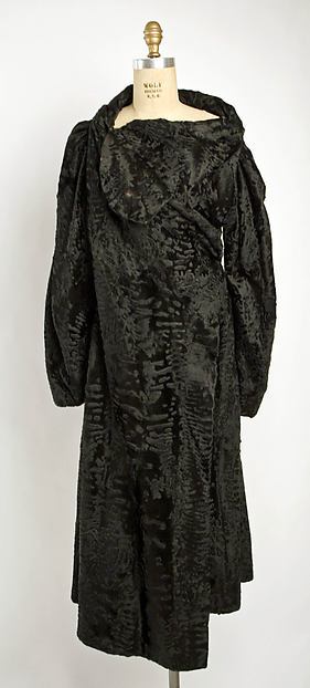 Coat, Madeleine Vionnet (French, Chilleurs-aux-Bois 1876–1975 Paris), fur, French