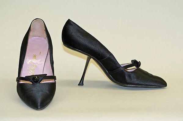 Evening shoes, Albanese (Italian), leather, silk, metal, synthetics, Italian