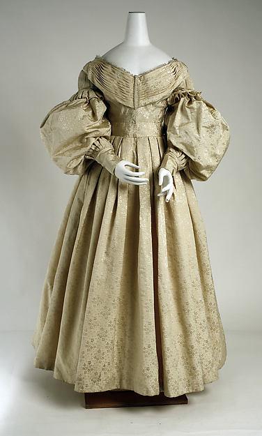 Evening dress, silk, wool, cotton, British