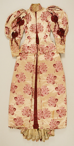 Dress, House of Worth (French, 1858–1956), a,b) silk, linen, French