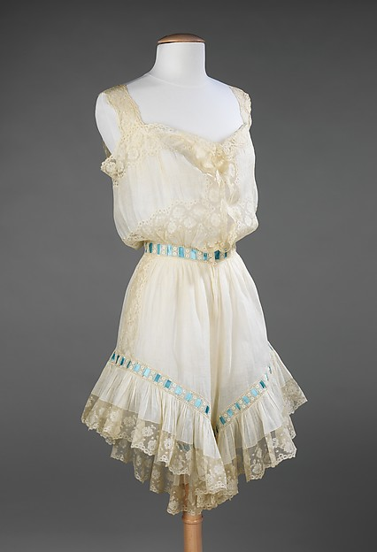 Combination, linen, silk, American