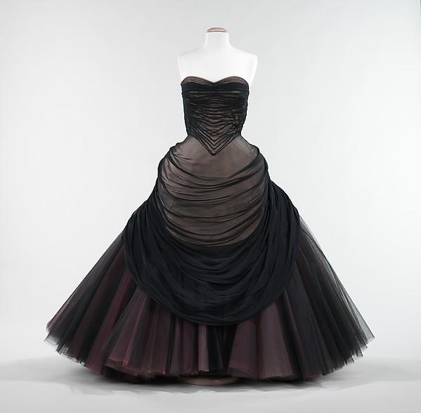 """""""Swan"""", Charles James (American, born Great Britain, 1906–1978), silk, American"""