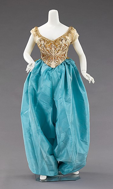 Fancy dress costume, House of Worth (French, 1858–1956), silk, metal, French