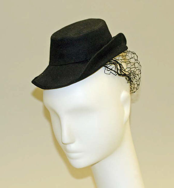 Hat, Elsa Schiaparelli (Italian, 1890–1973), wool, French