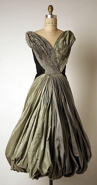 Evening dress, Madame Grès (Alix Barton) (French, Paris 1903–1993 Var region), silk, French