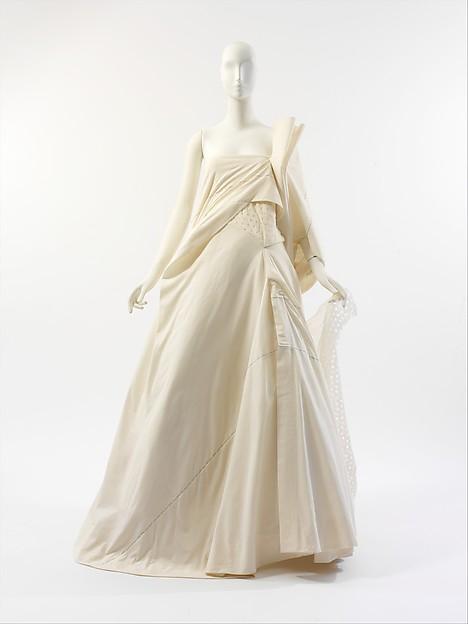 Wedding dress, Yohji Yamamoto (Japanese, born Yokohama, 1943), a) cotton, nylon, silk; b) cotton, nylon, Japanese